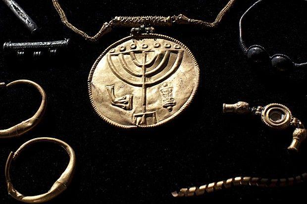 Disso Voce Sabia?: Peças de ouro e joias do Império Bizantino são achadas em Jerusalém