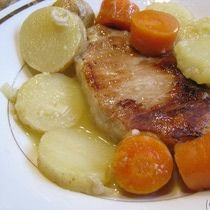 Spanish Pork Chops and Potatoes - Chuletas de Cerdo con Patatas