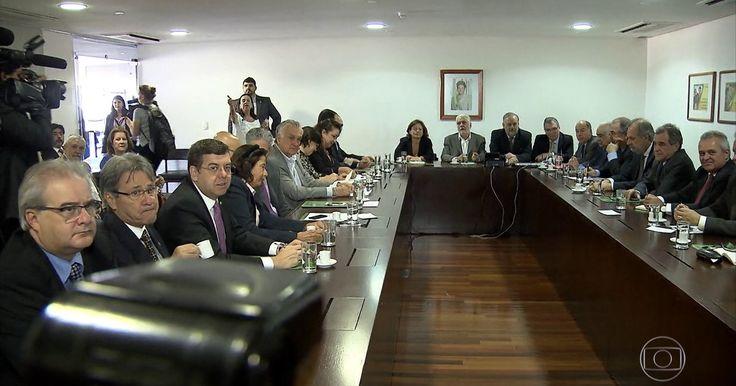 No dia da votação do impeachment, Dilma convoca ministros ao Alvorada