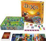 Le jeu Dixit (jeu de plateau tout public) peut être détourné de son utilisation principale pour en extraire uniquement les cartes illustrées qui sont de toute beauté et d'une infinie richesse…