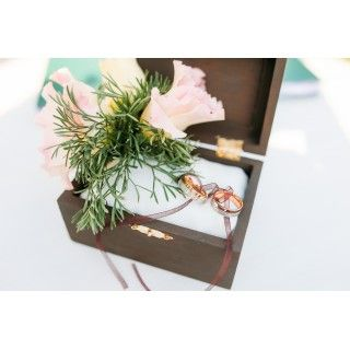 Шкатулка-подушечка для колец на свадьбе Георгия и Екатерины