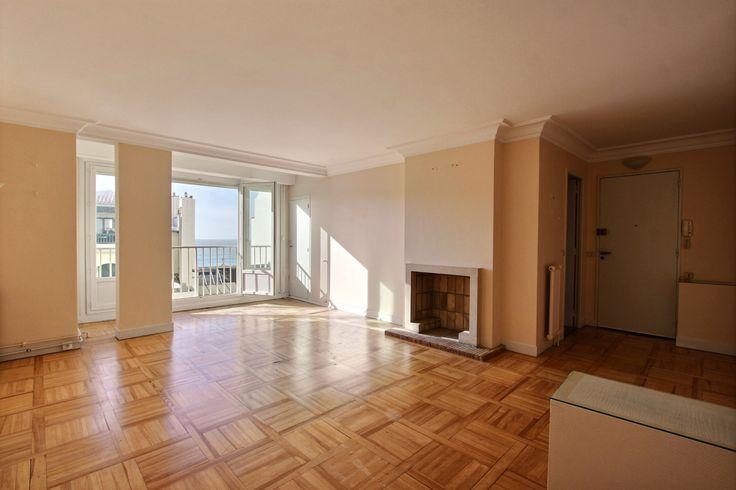 *** VENDU *** BiarritzPlein centre T3 vue mer avec ascenseur Loggia, cellier