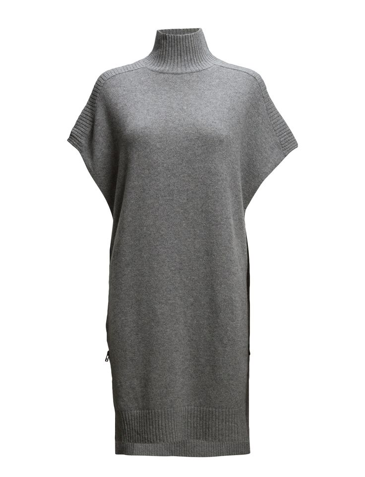 DAY - Day Evelyn-Ribbed edging Side zipper detail Modern silhouette Turtleneck Elegant sophistication with a modern twist Excellent quality and fit