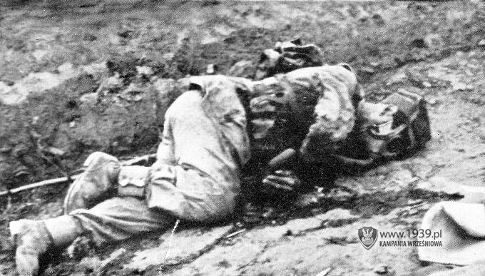 Węgierska Górka - killed Polish soldier. Photo from publication Von Lemberg Bis Bordeaux.