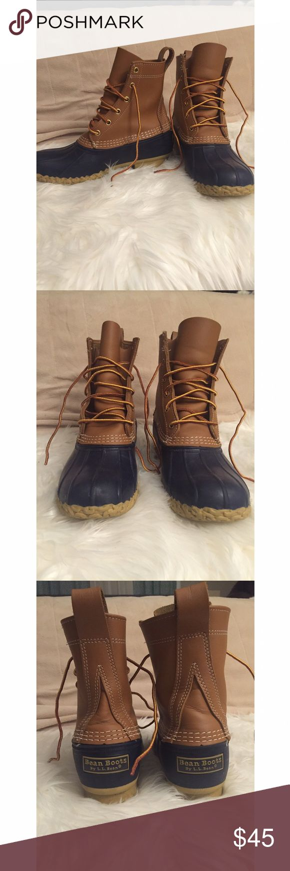LL Bean boots in blue Authentic LL bean boots. I bought these from a consignment store and I believe there may be some kind of manufacturing defect on the right boot. These are a size 9, the left boot fits me but the right is too tight. I am generally a size 9. I think these would be best suited for a size 8.5. In the last photos you will see the side of the tongue of the boot is cut because I tried to squeeze my foot in. There is some wear on the bottom but no noticeable defects on the…