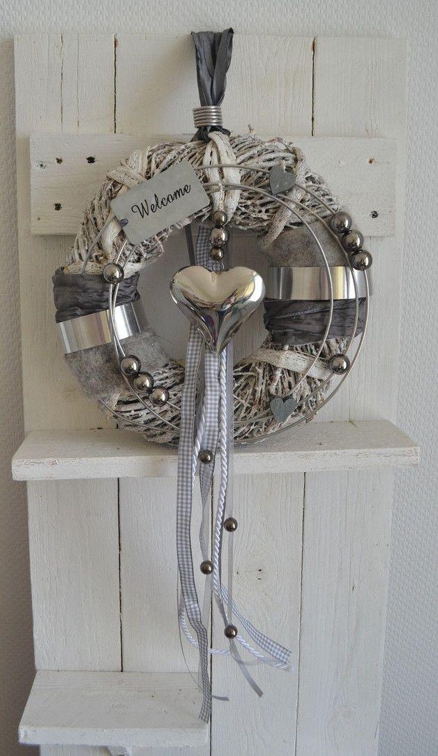 Türkranz grau/weiß 30 cm Herz silber, Welcome                                                                                                                                                                                 Mehr