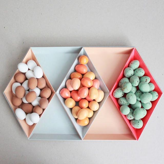 Lutter Idyl: Leg med Kaleido og æg - liiidt påske :)