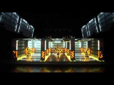 3D mapping dance performance Porsche Macan - YouTube