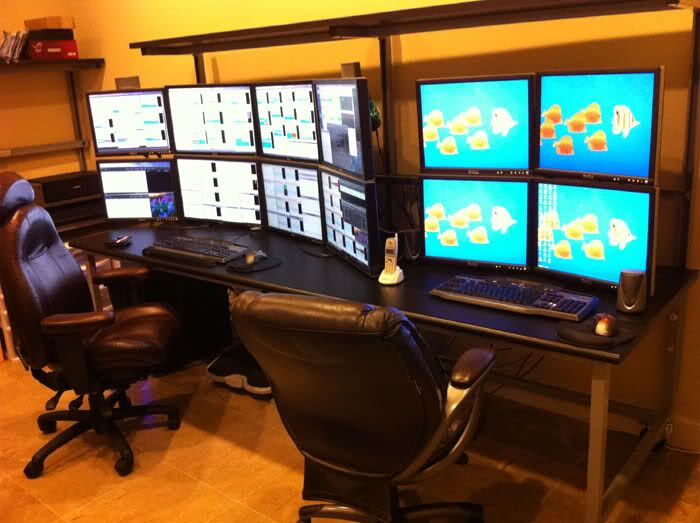 Day trading computer setup. 8x monitors