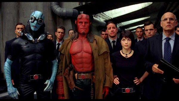 Guillermo Del Toro annonce sur twitter qu'il aura sans doute jamais un Hellboy 3 tel qu'il avait prévu. La franchise peut prendre une autre direction. C'est dommage on aimait bien les 2 films.