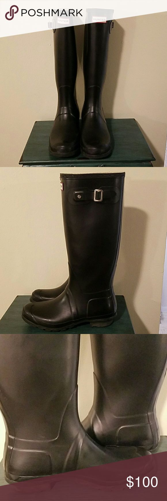 Mens Hunter Boots No Trades!!!! Mens Black original tall Hunter rain Boots!! In Great Pre-owned Condition small scuffs from wear  but other that these are in Great Condition!! Hunter Shoes Boots