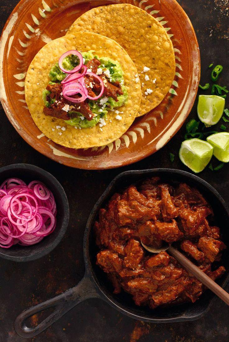 Raskt laget og fyldig guacamole runder smaken og gjør måltidet ekstra sunt.