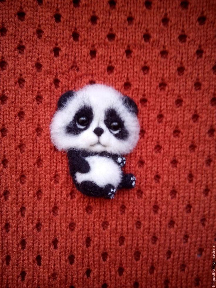 Купить Брошь валяная Мишка Панда (шерсть) - белый, черный, мишка, панда, брошь панда