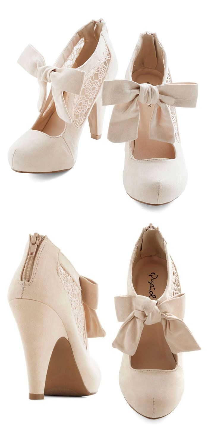 Behold in High Regard Heels | cream lace bow booties