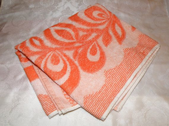 Beautiful Soviet terry towel with label. Made in the USSR (Ukrainian SSR, Kherson) in 1982. Made from cotton.  New, Unused!  Exellent vintage