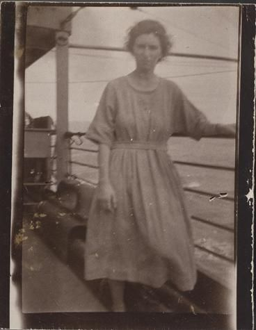 SS Bendigo 1924:    An assisted immigrant travelling  from England to Australia