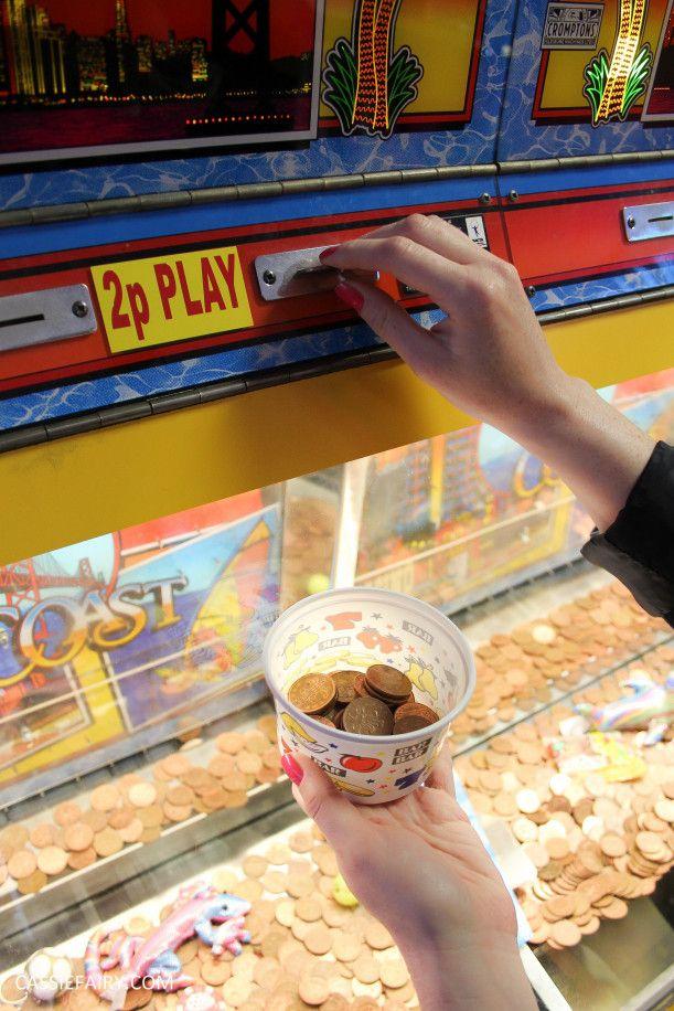 summer fun day out in the arcades - 2p machine fun!