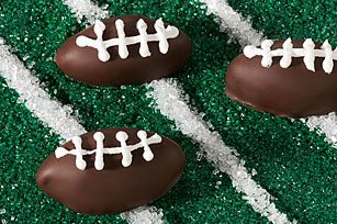 Oreo Cookie Footballs from @KraftFoods ~ Super Bowl party treats