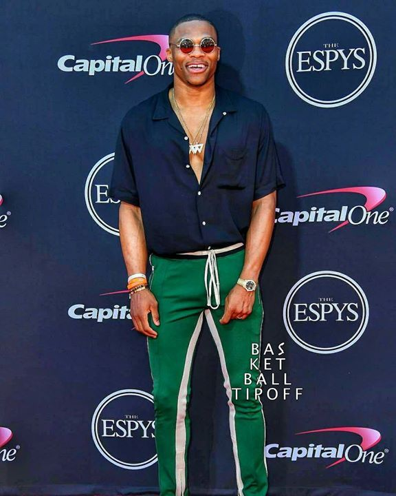 Congrats BRODIE!!   The ESPY Award for the Best Male Athlete goes to Russel Westbrook..  -joshtrey5