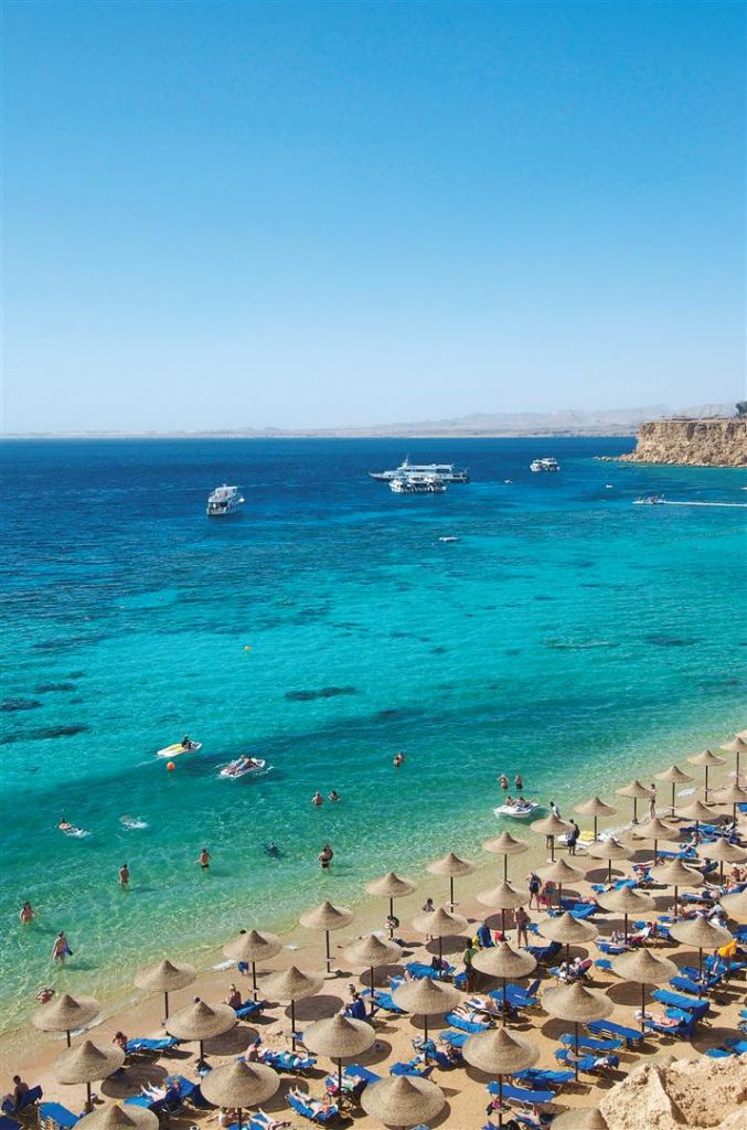 The fantastic coastline of Sharm el-Sheikh, Egypt #Sharm #RedSea #Beach
