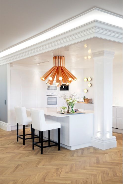 Kitchen / Penthouse apartment at Bulevardi, Helsinki | Photo: Jaanis Kerkis