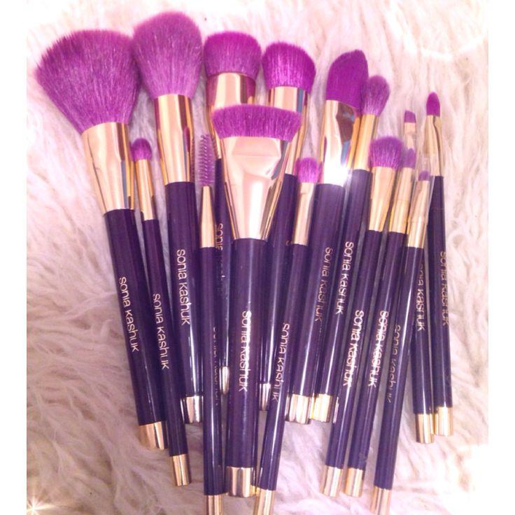 Makeup Brushes   Sonia Kashuk 15th Anniversary Brush Set