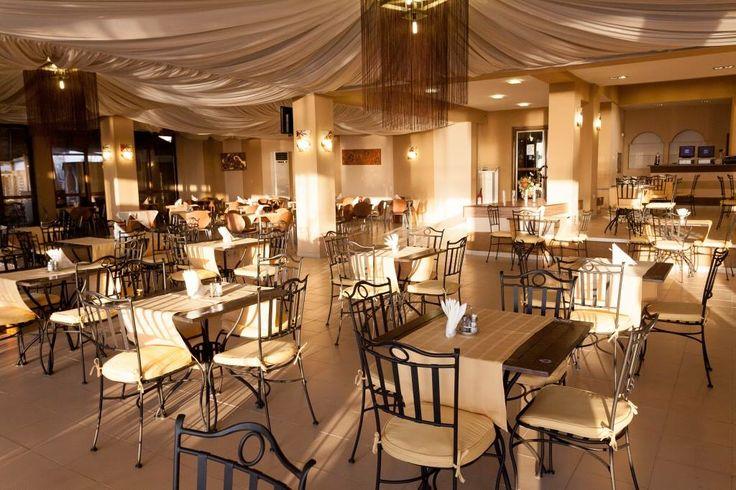 Surroundings and atmosphere @Savoy Hotel Mamaia - http://www.savoyhotel.ro/restaurant