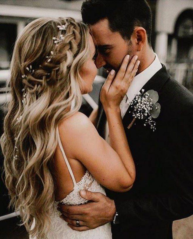Statt Hochsteckfrisur: Traumhafte Brautfrisuren für offenes Haar
