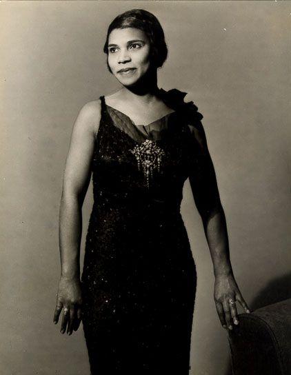 Marian Anderson Photographer:  Alfredo Valente 1935