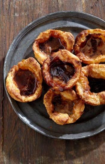 PORTUGAL: Cheat's Chocolate Pasties De Nata recipe on http://nomu.co.za