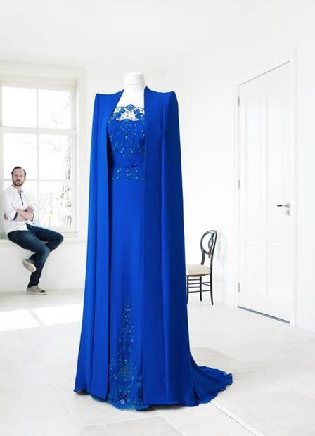 Koningin Màxima draagt Nederlandse ontwerper voor inhuldiging
