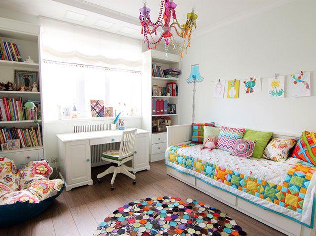 Детская комната - оттенки белого и разноцветный взрыв | http://www.babyroomblog.ru/