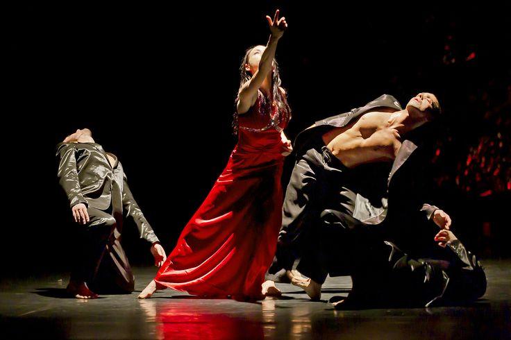 Compagnia Artemis Danza / Monica Casadei – Traviata – foto di Gabriele Orlandi