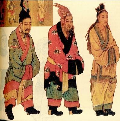 왕회도, 작자미상    백제, 고구려, 신라 사신    의미 & 상징 : 남성들은 일반적으로 상투머리에 관모를 착용한 것으로 보인다.      관모는 머리를 보호하고 장식하거나 신분에 따라 격식을 맞추기 위해 사용된 모자이다. 일반인들은 헝겊으로 된 '건'을 착용하였다. 관모의 모양으로 신분을 구별하였다. 여성들도 머리모양에 따라 신분이 나뉘었다.