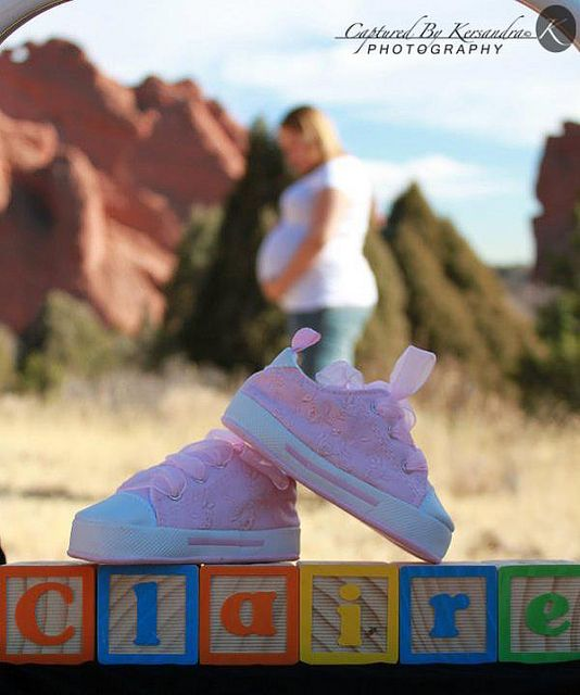 Maternity pic such a cute idea. (With the S.O in the background as well)