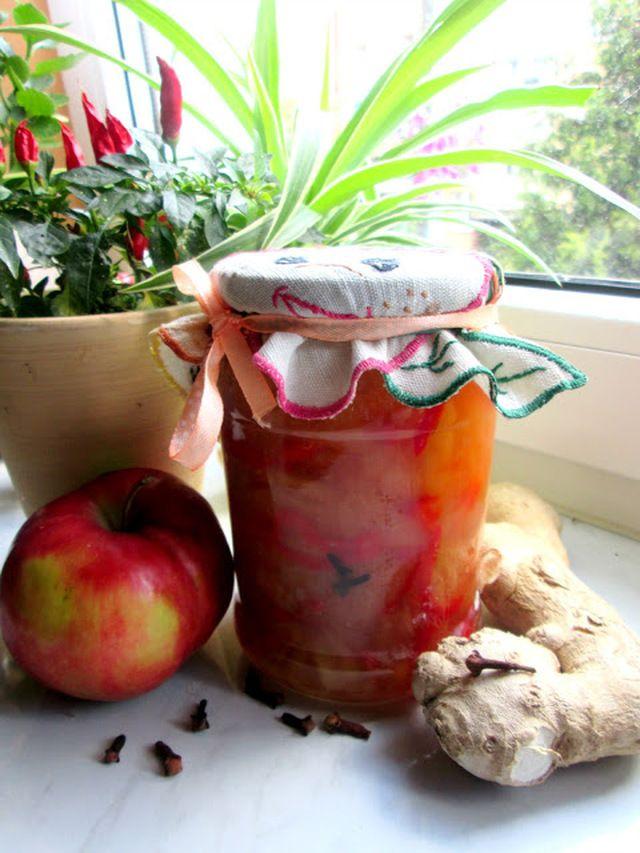 Chutney jabłkowy do słoików na zimę