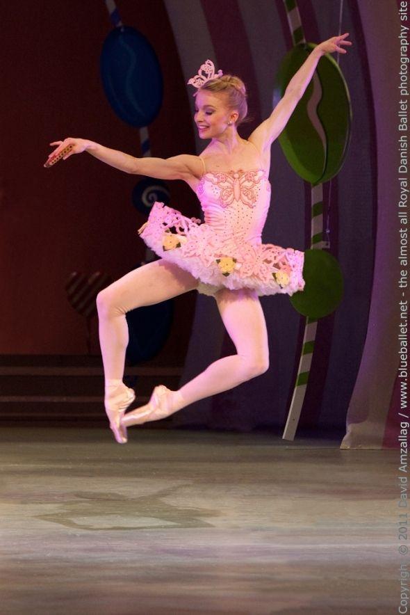 Marzipan, Nutcracker - Shelby Elsbree of Royal Danish Ballet. Adorable.