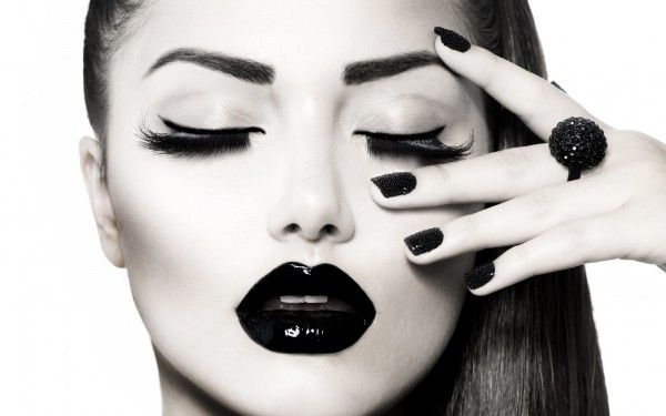 Style, Woman Portrait, Black Lipgloss, Black Nails