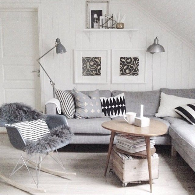 kombinasjonen av sofa bord og stol skandinavisk stil. Black Bedroom Furniture Sets. Home Design Ideas