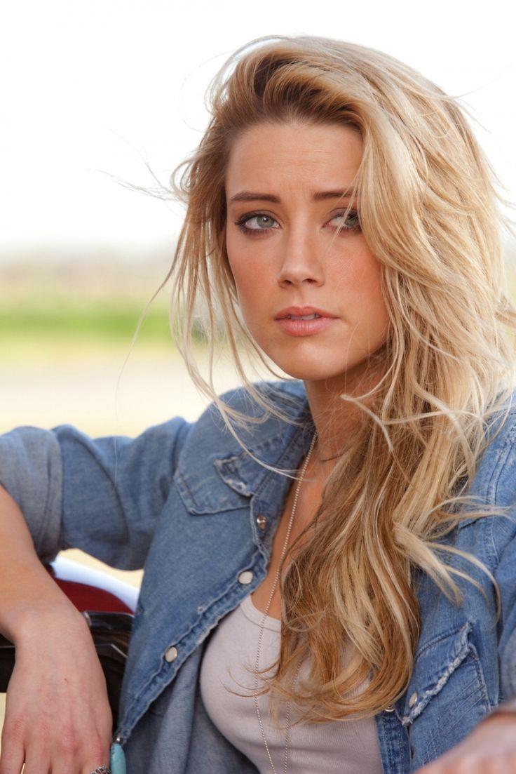Amber Heard en Drive Angry 3D