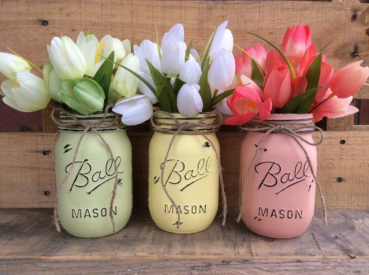 Painted Mason Jars. Spring vases. Home Decor. Spring Decor. Bathroom Decor. Shabby Chic. Wedding, Mothers Day Gift. Patio Decor. by WineCountryAccents on Etsy