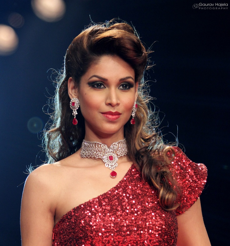 Amruta Patki IIJW 2012, Mumbai 12 Days to go for IIJW 2013, New Delhi. #IIJW