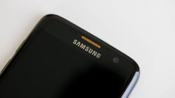 Samsung Galaxy S8: 8 GB di RAM e 256 GB di memoria UFS 2.1 -  Samsung Galaxy S8 si avvicina sempre di più, sembrano certi gli 8 GB di RAM e i 256 GB di memoria interna UFS 2.1. Sarà il miglior smartphone che si sia mai visto, ma a che prezzo?  Il 2017 è ormai alle porte e dunque anche Samsung Galaxy S8 si avvicina, la 'bestia' di Samsung pr... -  http://www.tecnoandroid.it/2016/12/27/samsung-galaxy-s8-8-gb-ram-256-gb-ufs-210655 - #Samsung, #SamsungGalaxyS8