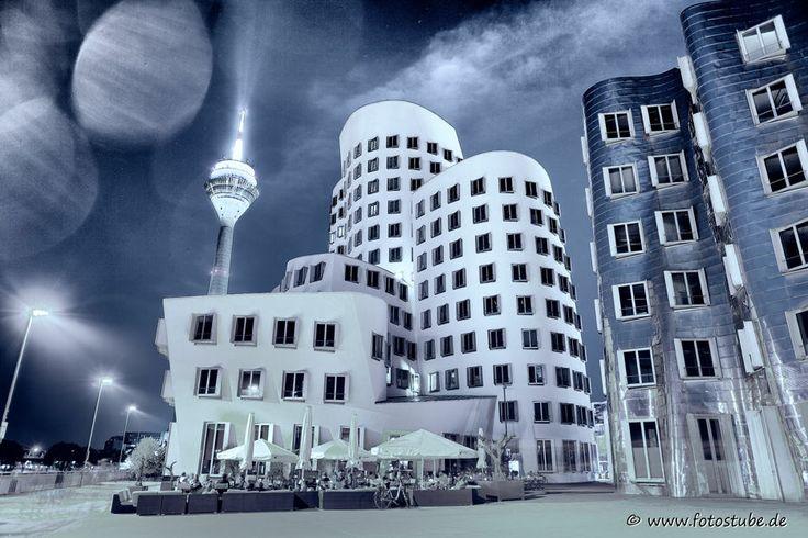 Premium Acrylglasbild Düsseldorf Medienhafen - Gehry Weber, Acrylglas Foto