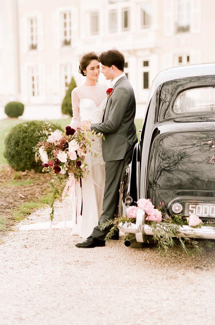 Spring wedding in France  . . . . #destinationwedding #weddingphotographer #weddinginfrance #kongsmarkfoto #love #elegance #bröllopsfotografifrankrike #fujifilm400h #mamyia645 #chateaudevarennes #weddingvenue #venue #fujifilm #bryllup #bröllopsfotograf #bröllopsfotografstockholm #bryllupsfotograf #details #invitation #weddinginvitation #pastelwedding #pastelbröllop
