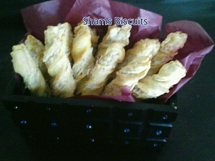 Coconut twist biscuits