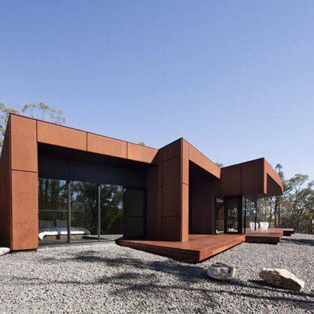 Smokey Town by Judd Lysenko Marshall Architects