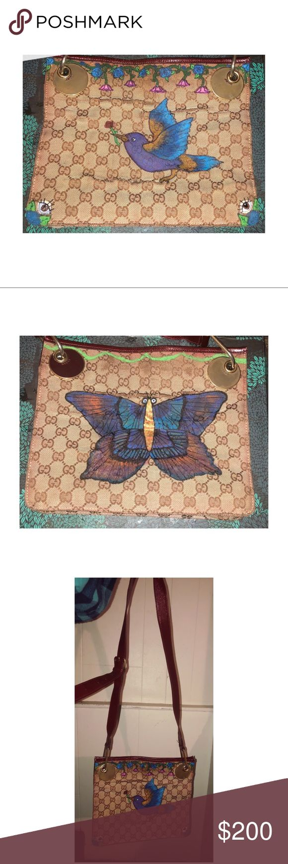 🦋 Butterfly Messenger Bag 🦋 Authentic preloved Gucci purse featuring original Magical Garden artwork ✨ This bag is preowned and does suffer from some wear and tear. I believe this bag has been in storage for awhile.. there is a slight kink on the strap, as well as permanent wrinkles on both sides. This is a crossbody/messenger purse ✨ Gucci Bags Crossbody Bags
