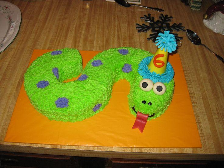 18 Best Snake Cakes Images On Pinterest Snake Cakes Birthdays And