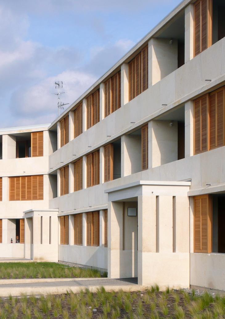 perraudinarchitectes logements en pierre massive toulouse